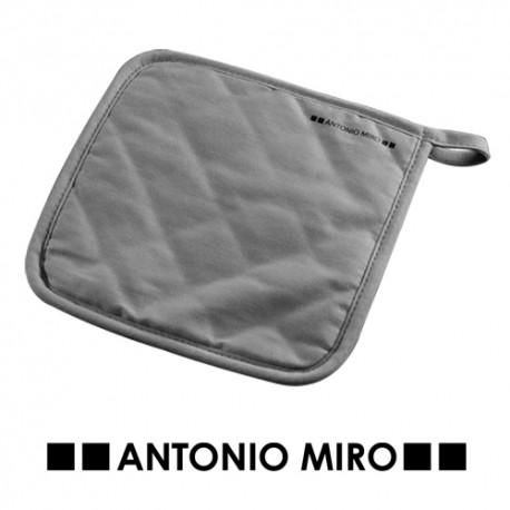 Agarrador Antonio Miró